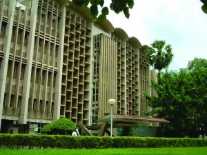 IITB_Main_Building (Rohan Sethi, wikimedia commons)