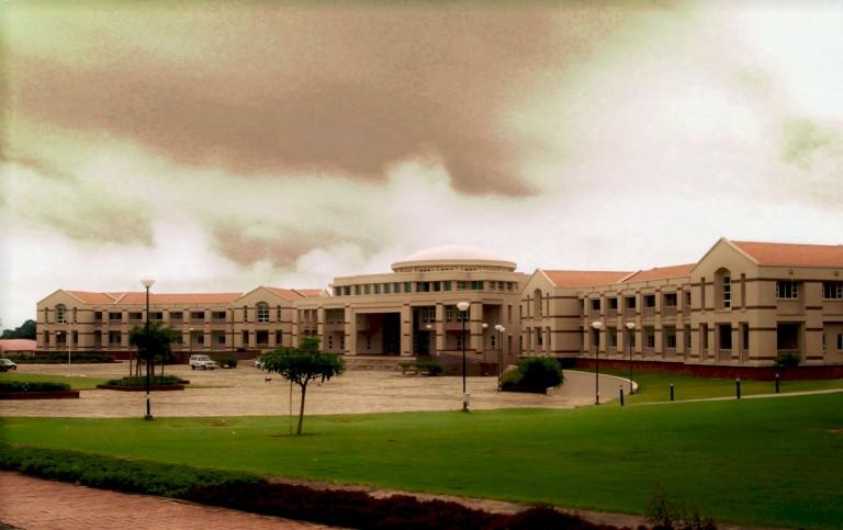 villa college fuvahmulah campus in 2050 essay