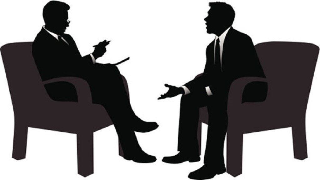 asking questions to interviewer