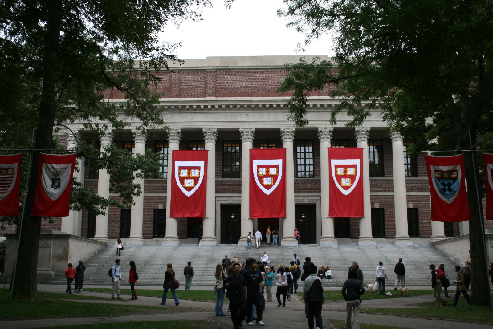 Debate team from Harvard loses while competing with New York prison inmates