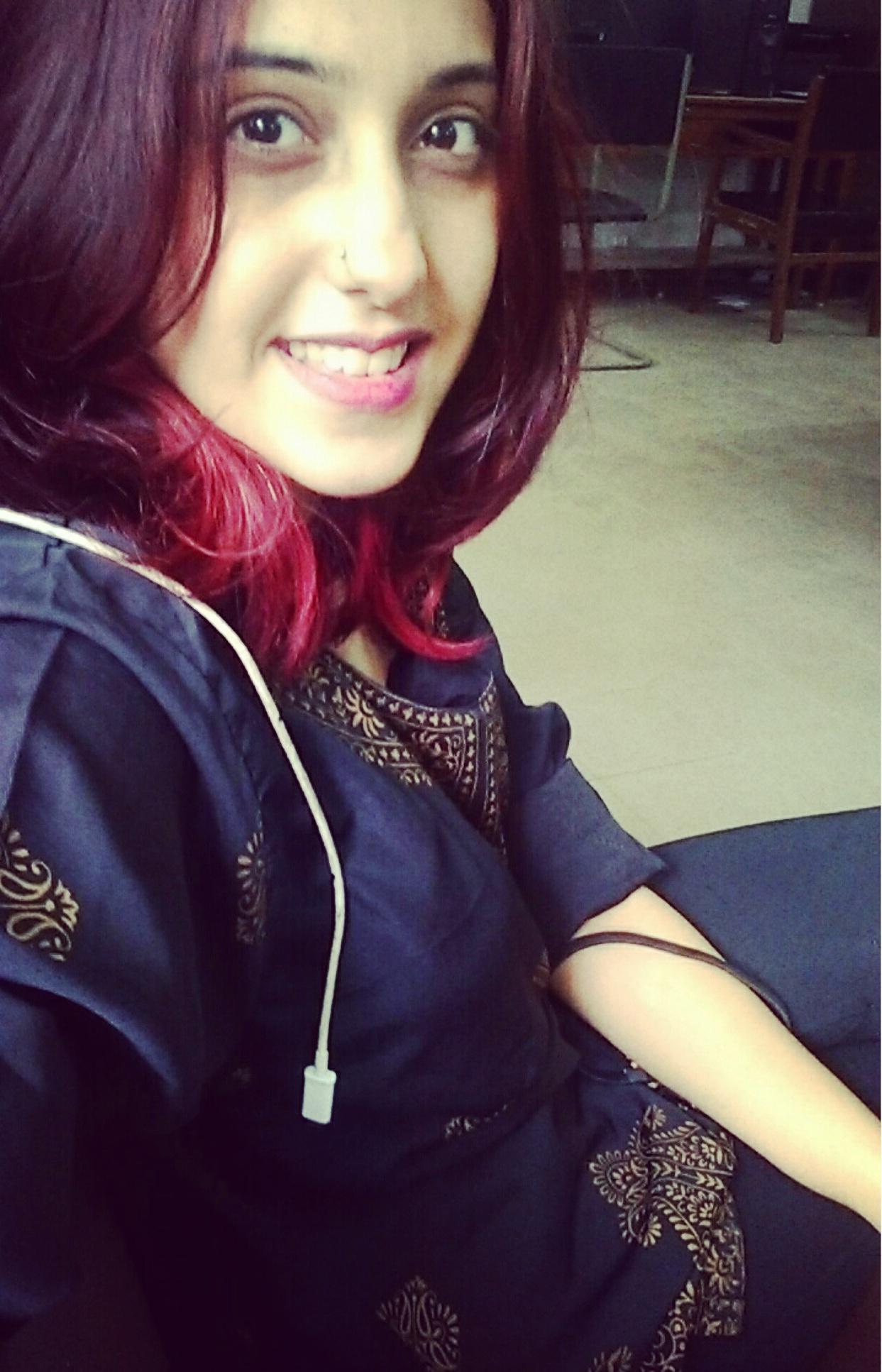 Anushka Bhatnagar (2)
