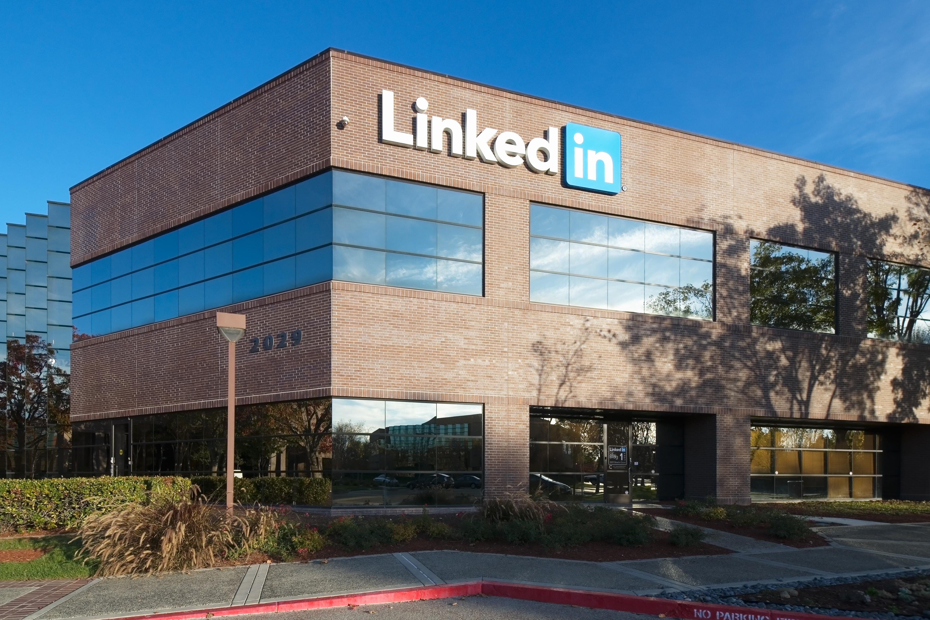Microsoft-LinkedIn deal