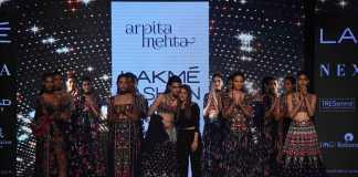 Kriti Sanon for Arpita Mehta's _Midnight Muse_ at LFW - 1