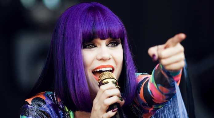 Jessie J - Crazy Fans