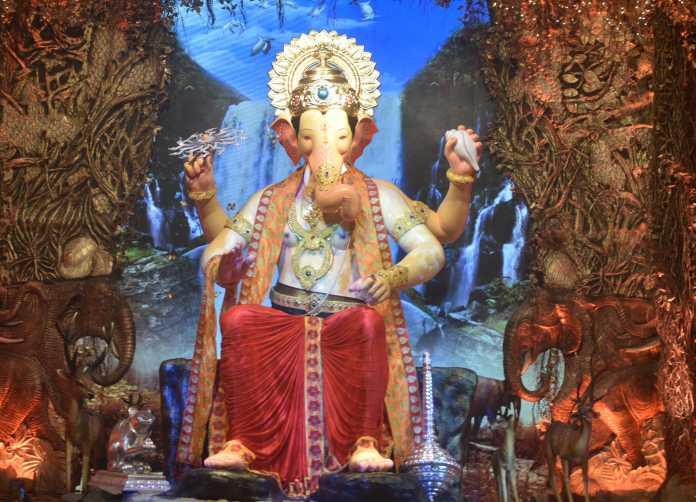 Lal Baugcha Raja-min