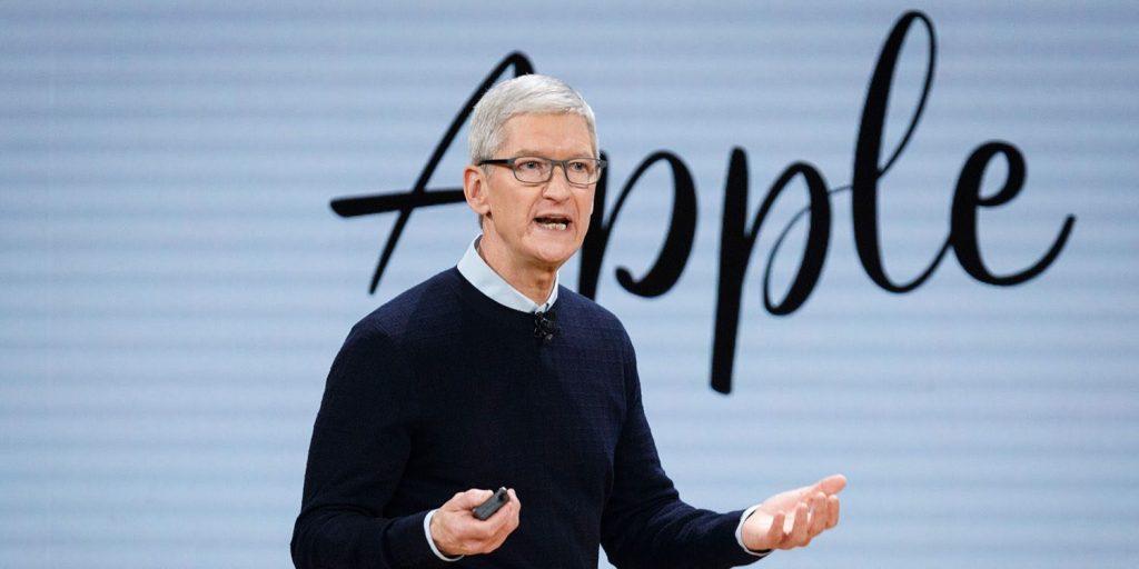 Apple, Tim Cook, admission