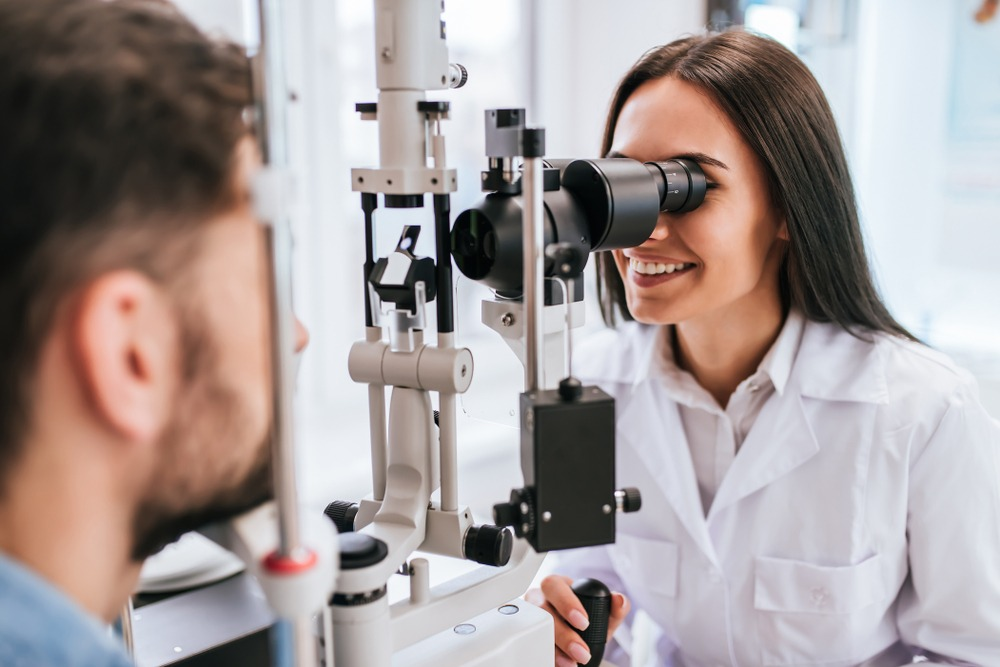 career in healthcare, opthalmology