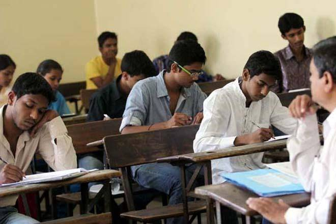 Himachal pradesh, final year exam, Delhi government