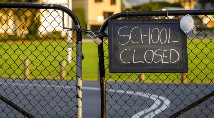 OECD, school shutdown, economic impact