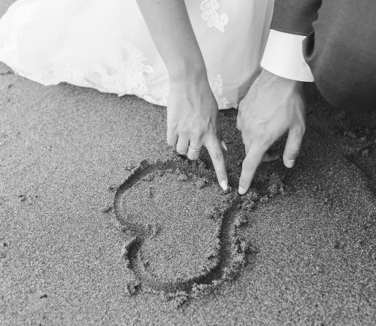 Why Marrying Young Improves Health And Happiness