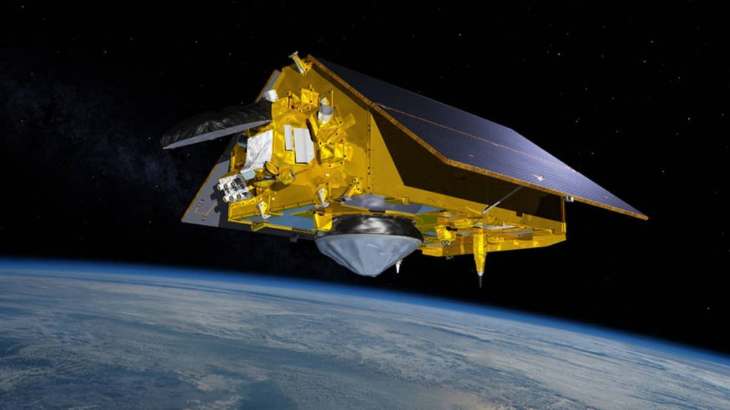 SpaceX to launch satellite