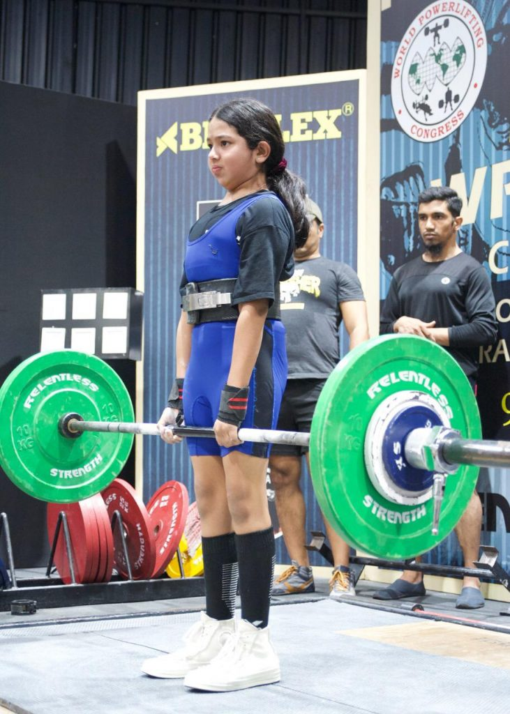 Powerlifting, Kara and Noa